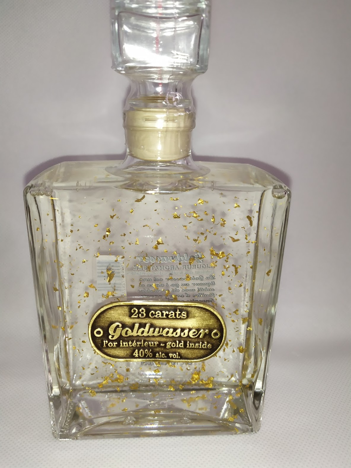 Vodka Goldwasser avec de l' or 23 carats