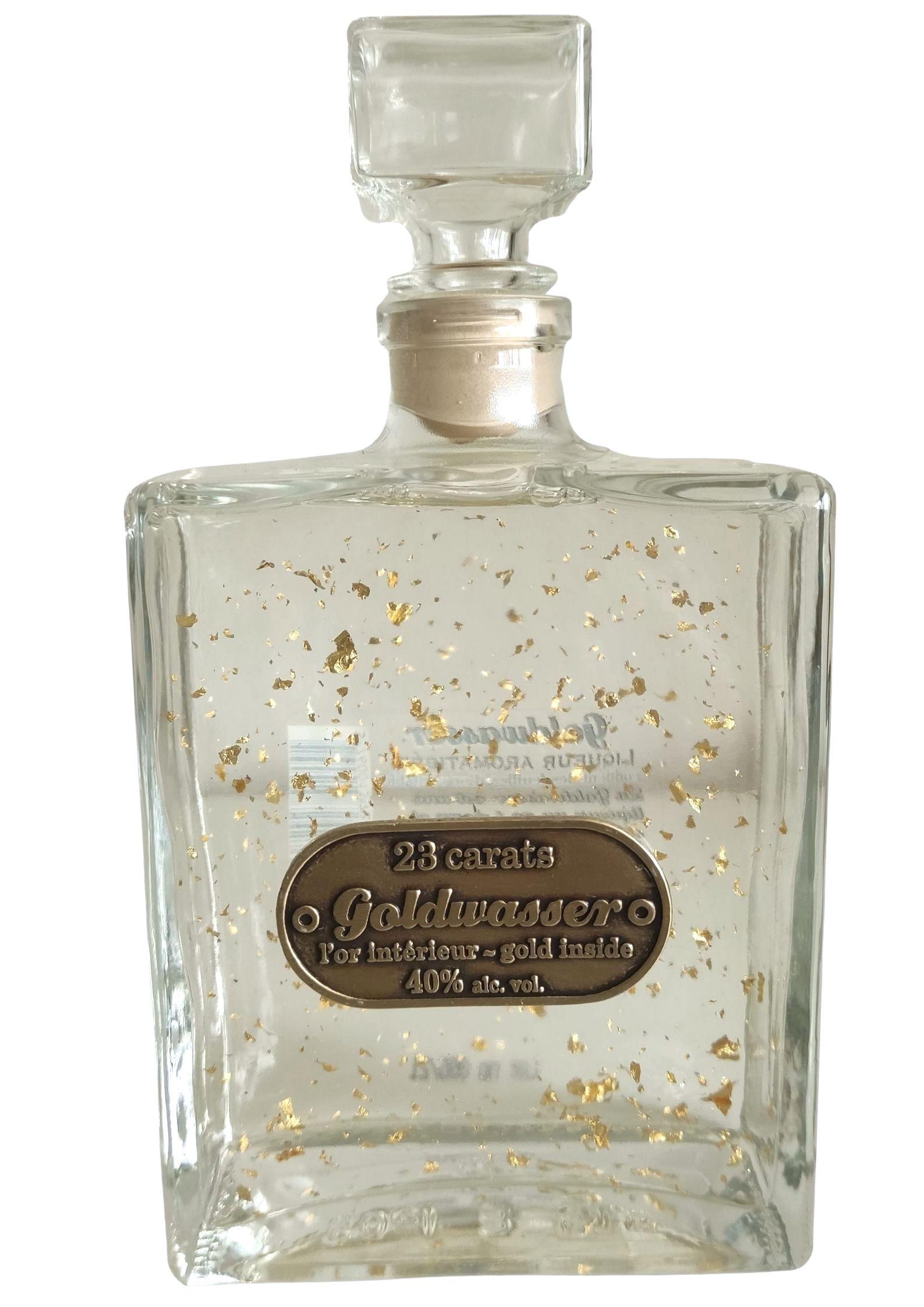 Vodka Goldwasser avec des Paillettes d' or 23 carats