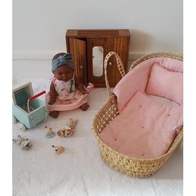 Couffin pour poupée et sa parure