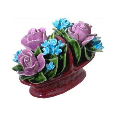 Fleurs céramique panier fleuri boutons de roses myosotis