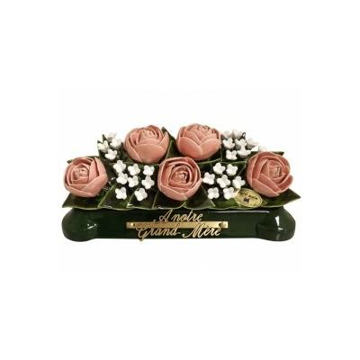 Fleurs céramique devant de tombe pivoines fleurettes