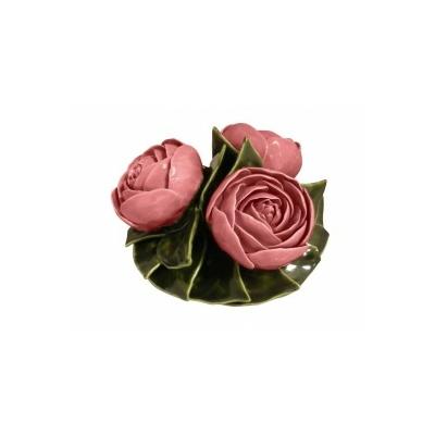 Fleurs céramique dessus de vases pivoines