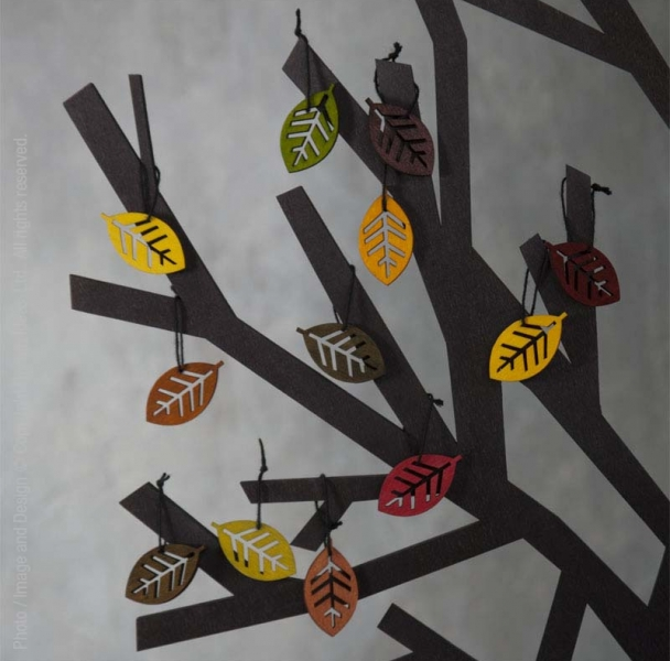 Decorations-sapin-noel-feuilles-colorees