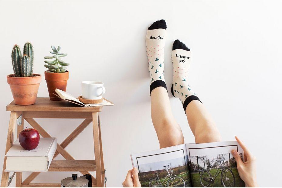 chaussettes-avec-toi-a-chaque-pas-blanches-2