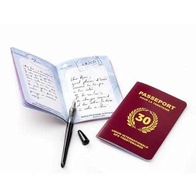 """Livre d'or anniversaire """"passeport pour la trentaine"""""""