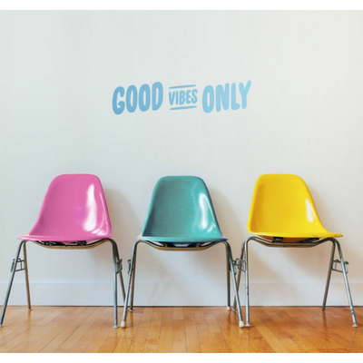 "Sticker mural ""Good vibes only"" (57 x 14 cm)"