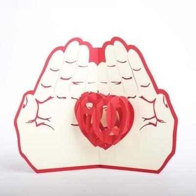 """Carte pop-up 3D """"je t'offre mon coeur"""""""