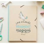 """Chemise """"licorne"""" avec intercalaires - Une journée vraiment magique"""