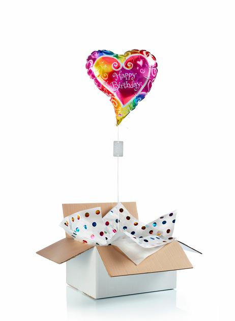 ballon d 39 anniversaire surprise gonfl l 39 h lium coeur. Black Bedroom Furniture Sets. Home Design Ideas