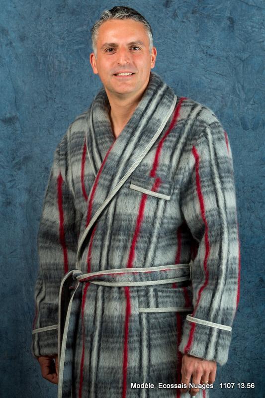 b2a21a9e118147 Robe de chambre écossaise