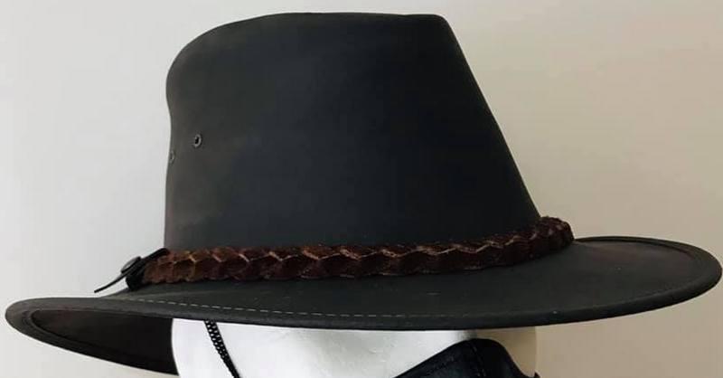 chapeau masque