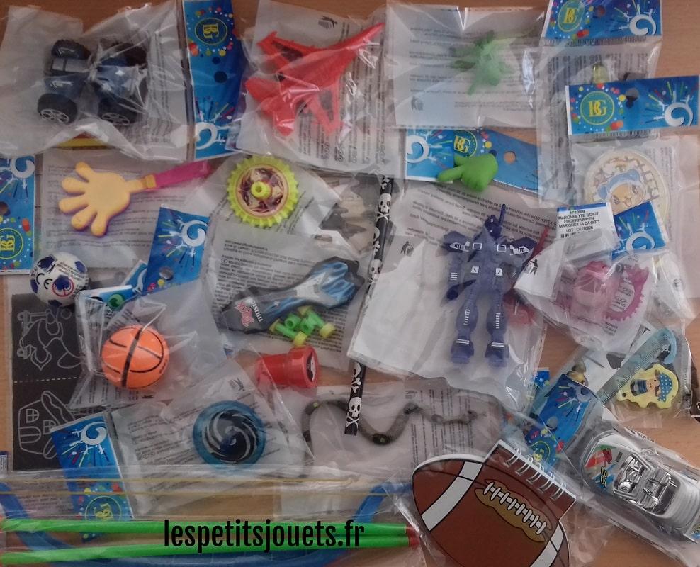 Lot 50 jouets pour garçons (0,49€)