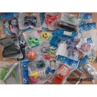 Lot 50 jouets pour garçons (0,59€)