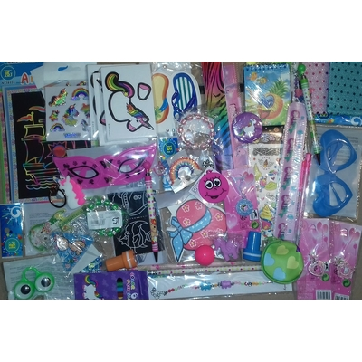 Lot 50 jouets pour filles (0,39€)