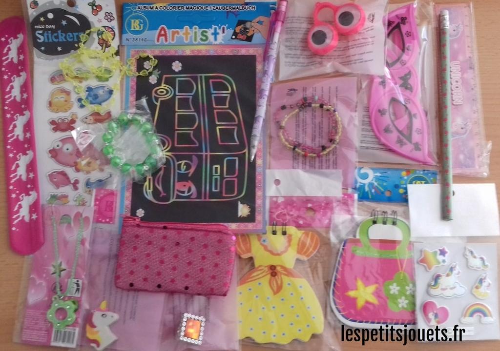 lot-50-petits-jouets-filles