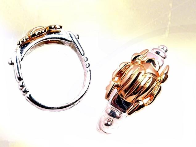 Bague scarabée or et argent