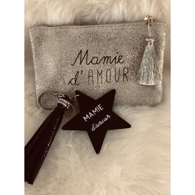 """Pochette dorée+Porte clés étoile noire""""Mamie d'amour"""""""