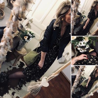 Robe longue Solveig noire fleurie
