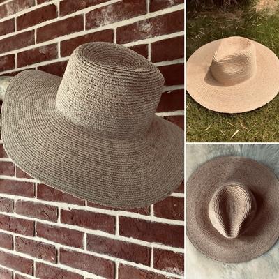 Chapeau en raphia naturel