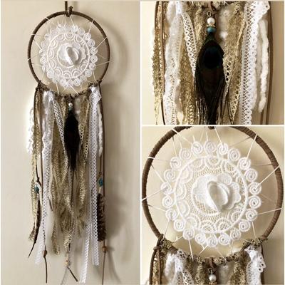 Attrape-rêves plumes de paon et perles