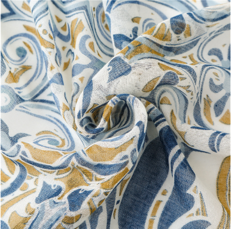 Echarpe style Bohème à fleurs «Aṣzāra » Pompons bleus-5