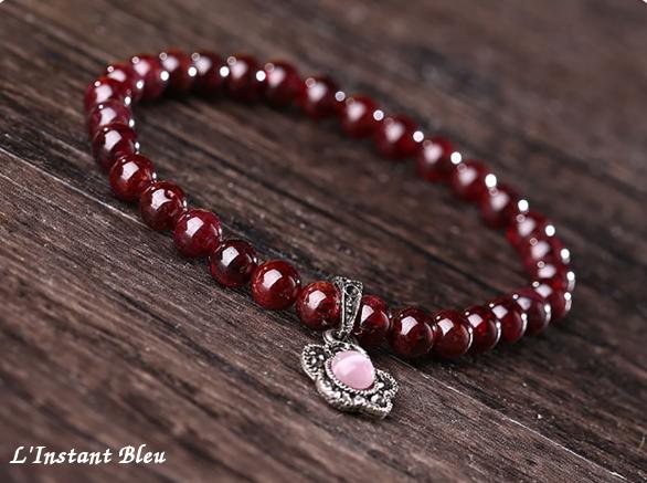 super pas cher se compare à design exquis super promotions Bracelet bohème « Fleur du Tibet » en Grenat - Bijoux et ...