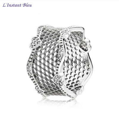 Bague-anneau «Maitrī» dentelle d'amouren Argent