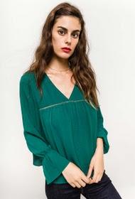 contemplay-blouse-avec-volants-et-boutons-dans-le-dos-alpine_green-1