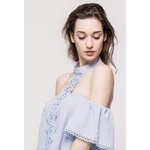 relax-queens-blouse-avec-col-style-collier-ras-du-cou-sky_blue-2