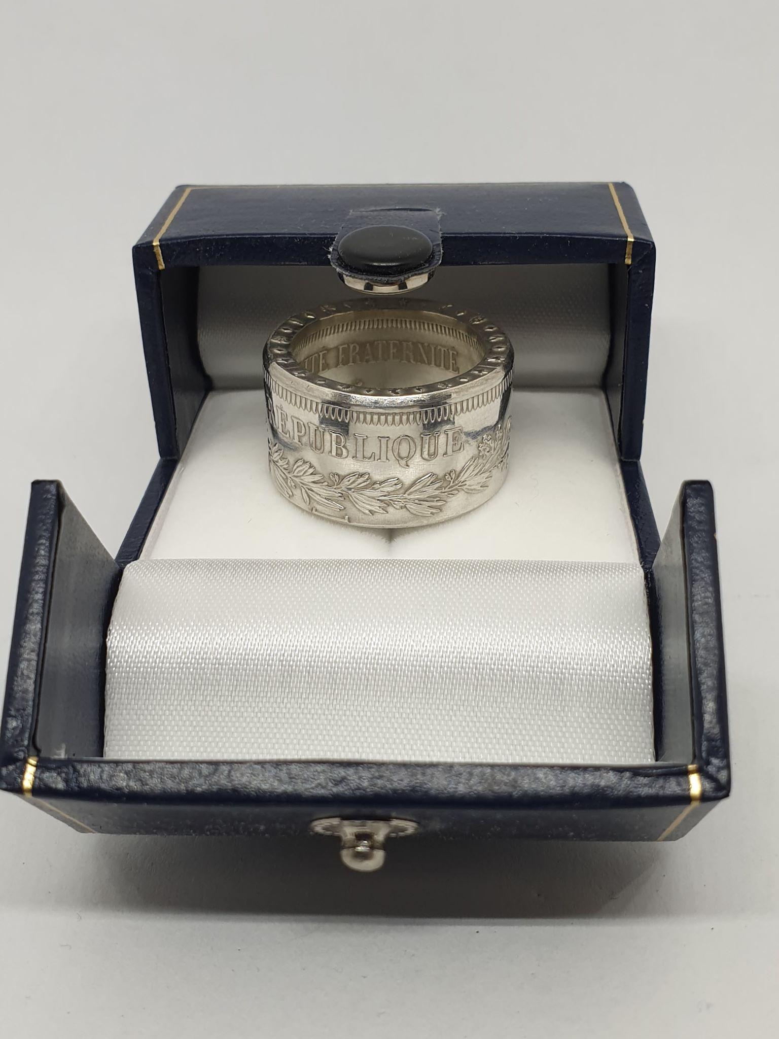 Anneau coin ring profile droit 50 Francs Hercule.