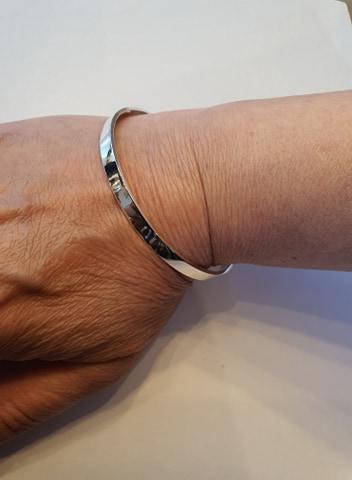 Bracelet rond sans fermoir en argent 925/1000
