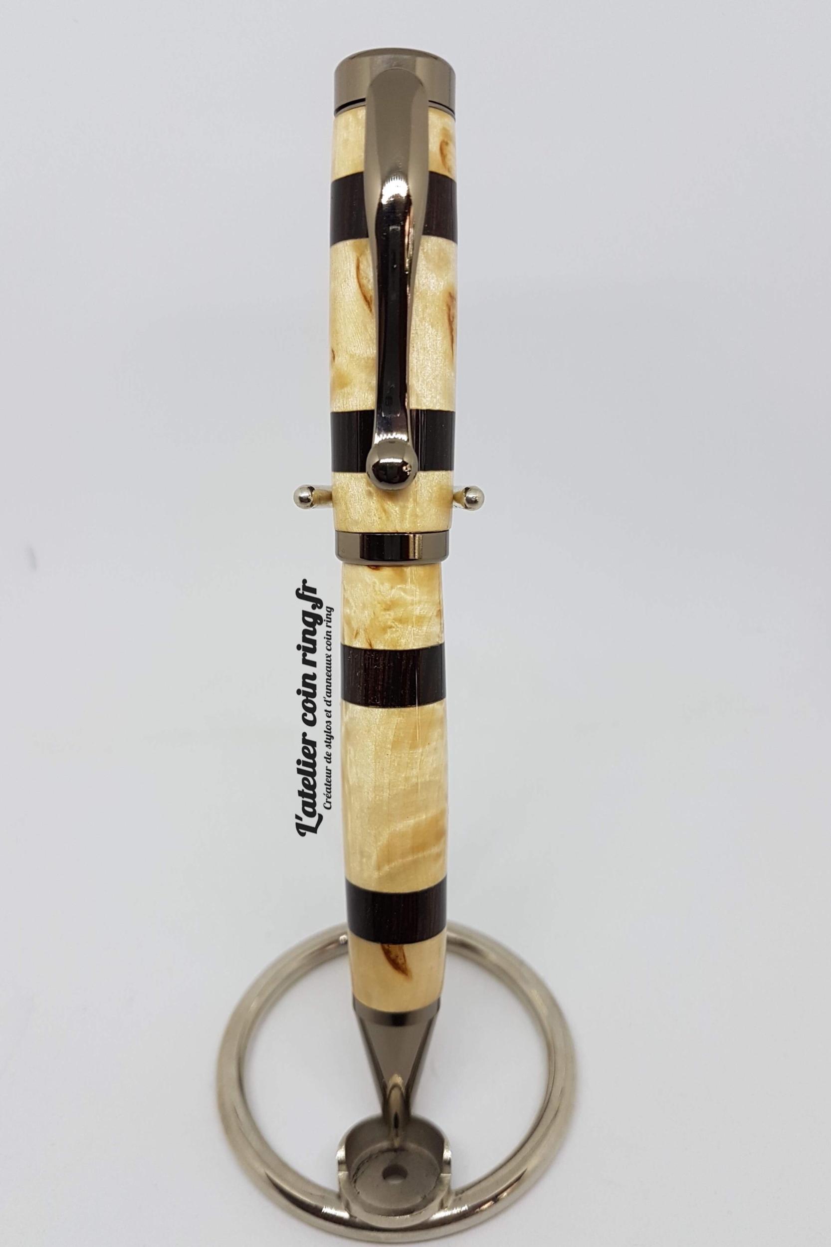 Stylo en bois de Bouleau madré et Ebène du Sahel à bille - Modèle Brisbane.