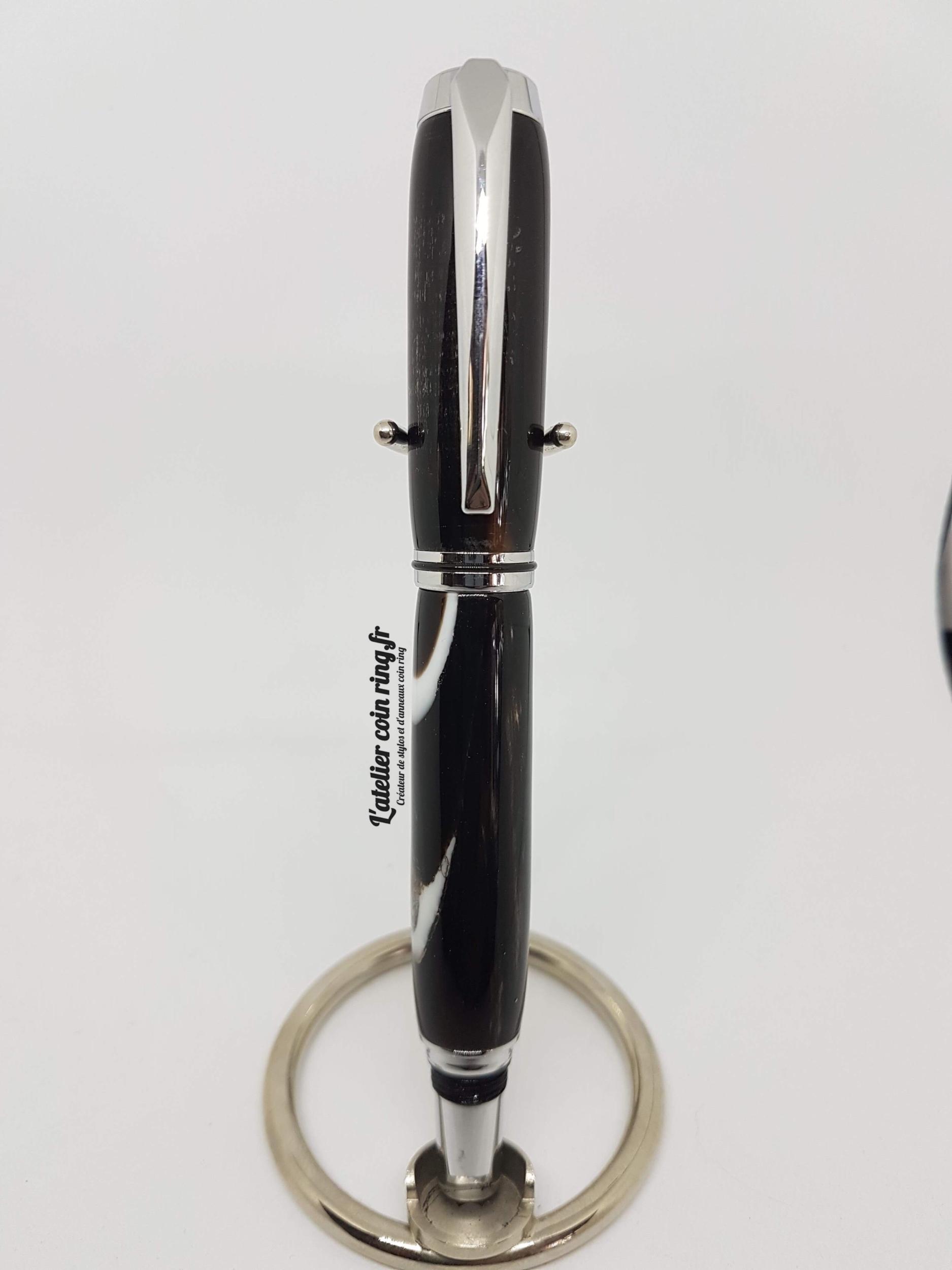 Stylo en corne de buffle domestique roller - Modèle Maëva.