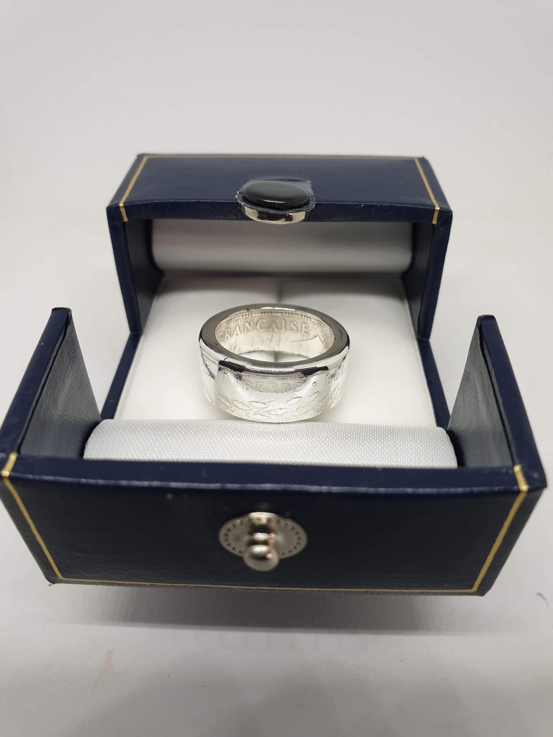 Anneau coin ring 100 Francs argent Panthéon de 1982.