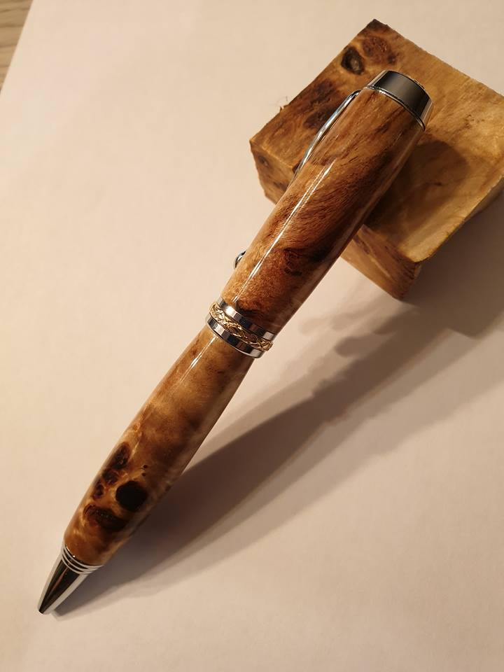 Stylo en bois de loupe de peuplier à bille - Modèle Camberra