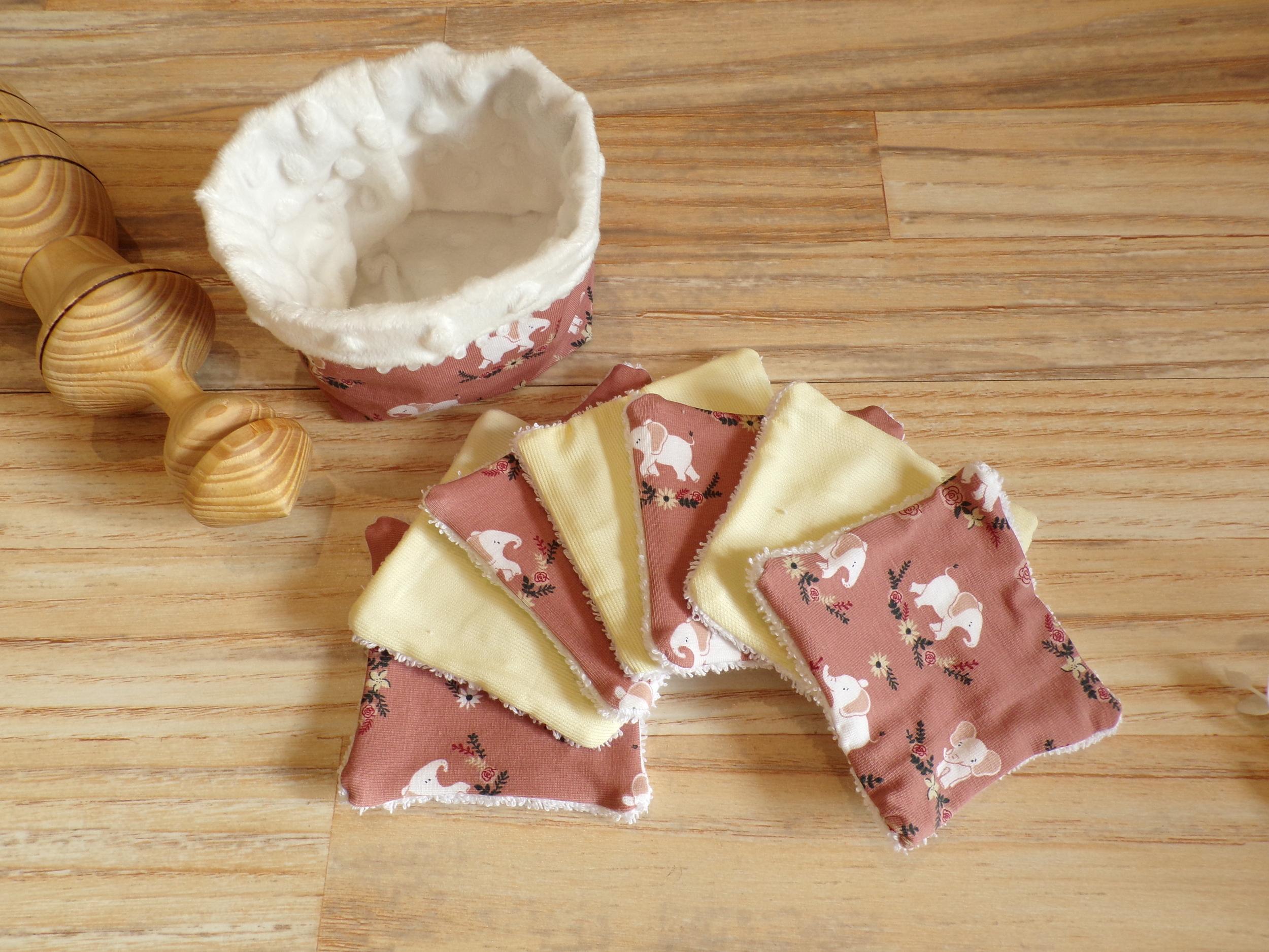 Lingettes bébé lavables et son panier de rangement éléphant rose
