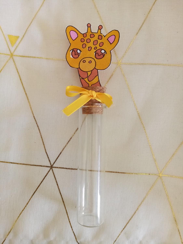éprouvette dragées bébé girafe bapteme contenant verre fait main personnalisé