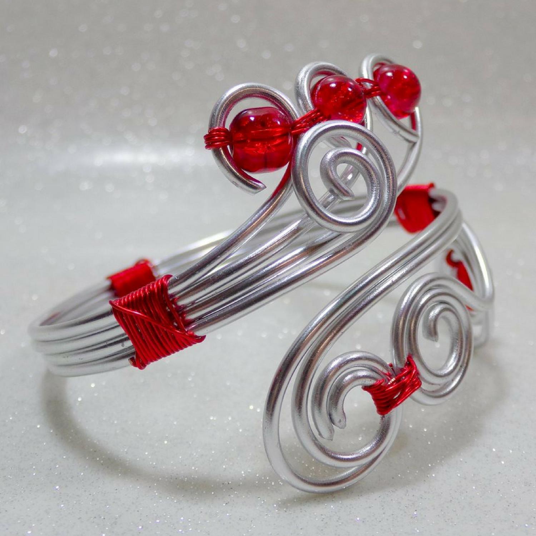 Bracelet fil aluminium perles