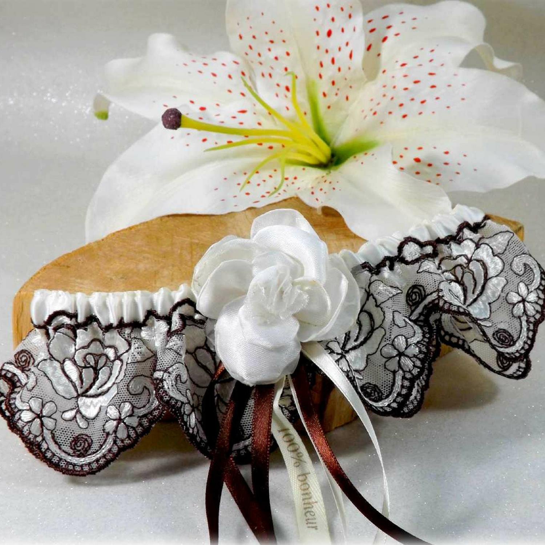 Jarretière de mariage dentelle de Calais ivoire chocolat