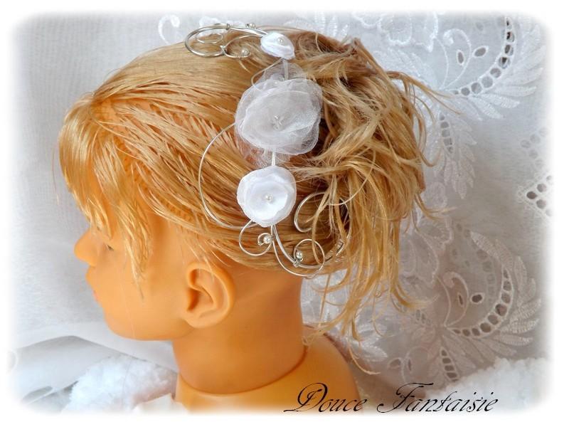 Peigne cheveux fleurs mariage personnalisé