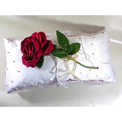 Coussin d'alliances rose éternelle strass rouge et blanc mariage