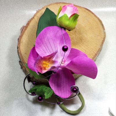 Boutonnière mariage Orchidée fuchsia violet