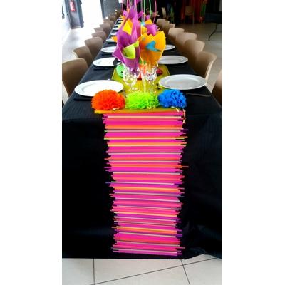 Chemin de table années 80 disco fluorescent