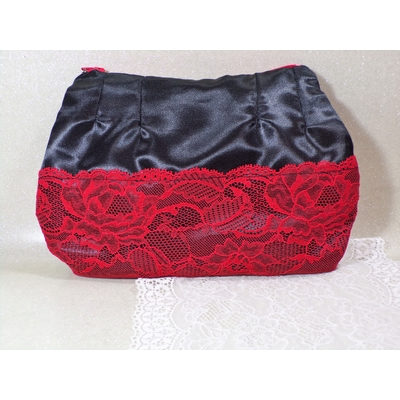 Pochette trousse satin dentelle rouge et noir fait main