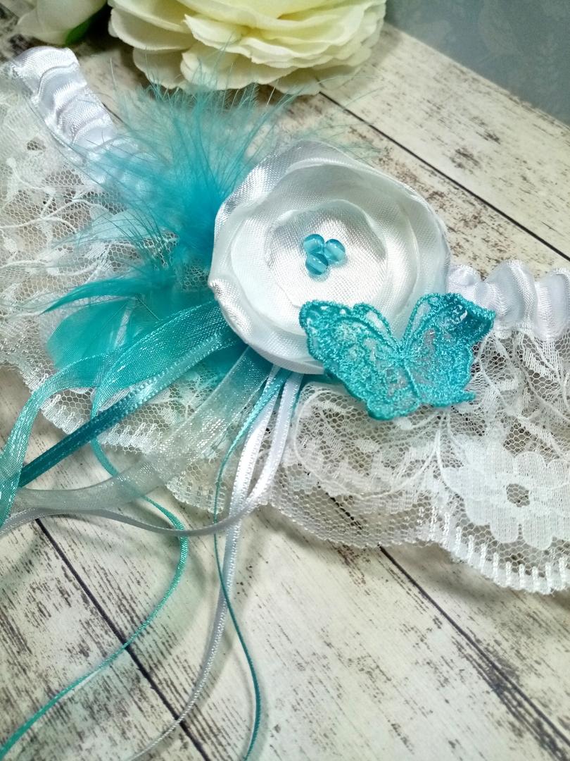Accessoire de mariée fait main mariage papillon plume dentelle