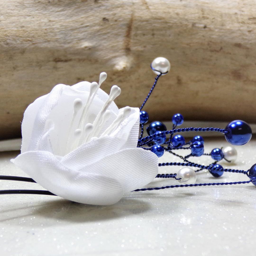 accessoire mariée cheveux fleur perles bleu royal blanc personnalisé fait main