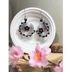 boucles doreilles fantaisie noir argent fleurs perles fait main