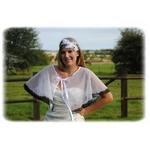 Cape de mariée noir blanc dentelle de Calais plumetis mariage fait main