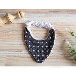bavoir bandana anti bavouille noir et blanc