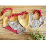 cadeau de naisance bébé fille bavoir faon rose jaune fait main